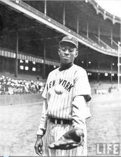 Satchel Paige New York Black Yankees Yankee Stadium 1941 George Strock for LIFE Magazine