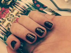 Dark nails. #winter