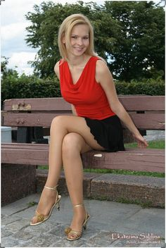Mindblowing blonde teen in miniskirt, nude tights / pantyhose and stilettos Women Legs, Sexy Women, Tan Pantyhose, Nylons, Nude Tights, Pantyhosed Legs, Beautiful Old Woman, Beautiful Ladies, Stocking Tights