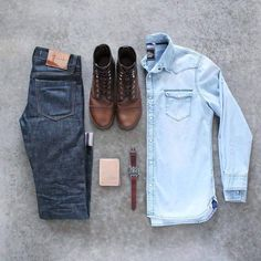 New casual mens fashion 1974 Capsule Wardrobe Men, Men's Wardrobe, Mens Fashion Blog, Look Fashion, Fashion Shirts, Fall Fashion, Fashion Trends, Men With Street Style, Style Men