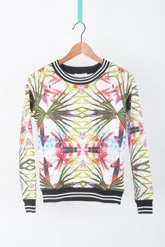 Floral Sweatshirt www.clichempls.com