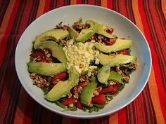 Rocket, Strawberry and Peanut Brittle Salad with Avo