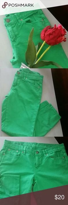 JCrew Toothpick Ankle kelly green denim jeans Great used condition, some light wear on belt loops and under where belt is worn(3rd photo). Bundle or make offer for best deal,I really need room in my closet and to pay for my daughter's out door education class! Share! I share too! JCrew  Jeans Ankle & Cropped