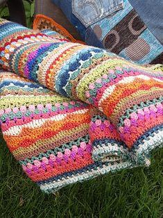 Crochet Afgans, Knit Crochet, Crochet Quilt, Striped Crochet Blanket, Crochet Blankets, Quick Crochet Blanket, Rainbow Crochet, Rainbow Afghan, Scrap Yarn Crochet