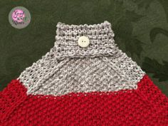 Make a Loom Knit Hanging Kitchen Towel with this free pattern and video from GoodKnit Kisses. http://www.goodknitkisses.com/loom-knit-hanging-kitchen-towel/ #goodknitkisses #knitgift #loomknit #loomknitting #loom