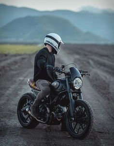 Gorm Taube is a graphic designer and photographer raised on the west coast of Sweden, but currently residing in Ventura, California. When he decided to move to the US he made the decision to purchase a bike for his commuting, so he found a killer dea Ducati Custom, Ducati Scrambler Custom, Scrambler Motorcycle, Custom Bikes, Triumph Motorcycles, Cars And Motorcycles, Indian Motorcycles, Custom Motorcycles, Motorcycle Backpacks