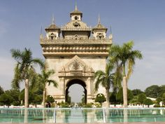 #Patuxai, literally meaning Victory Gate or Gate of Triumph, formerly the #Anousavary or Anosavari Monument, known by the French as Monument Aux Morts) is a war monument in the centre of #Vientiane, #Laos, which was built between 1957 and 1968. The Patuxai is dedicated to those who fought in the struggle for independence from France. Wikipedia: http://en.wikipedia.org/wiki/Patuxai