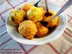 Queste palline di mozzarella con parmigiano e basilico sono appetitose e perfette per un finger food o antipasto..provatele ! La cucina di ASI
