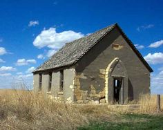 A group of Swedish settlers in Kansas built this Evangelical Lutheran Church in 1887. The church has been abandoned since the 1920s when bad crops forced the locals to move elsewhere.