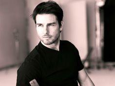 Tom Cruise = Yummy Hotness!