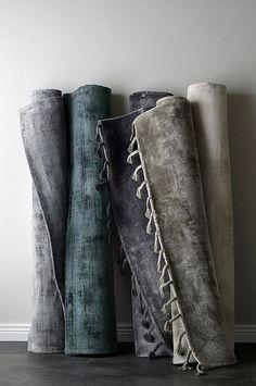 Bilderesultat for london matta ellos Carpet, London, Throw Pillows, Blanket, Fabric, Accessories, Home, Room Wallpaper, Lounge