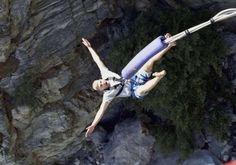 Go Bungee Jumping and Kill the Pain yu huuu