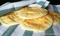 Pillekönnyű, lisztmentes kenyér, 15 perc alatt. Nagyon szuper, mindössze 3 összetevő kell hozzá, és teljesen szénhidrátmentes. A felhő kenyérként elterjedt kenyér helyettesítő számomra inkább egy pillekönnyű amerikai palacsintához hasonlít, csak épp sós változatban. Reggelire fogyasztottuk, szendvicsként. …