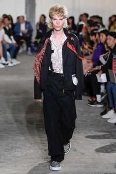 Maison Mihara Yasuhiro Spring 2019 Menswear Fashion Show Fashion Show Collection, Menswear, Ready To Wear, Vogue, Spring Summer, Mens Fashion, How To Wear, Runway, Tops