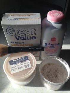 DIY / homemade, natural, and cost effective, Translucent Facial Setting Powder using corn starch, baby powder, and cinnamon (for minimal color). Apparently it helps makeup last longer.