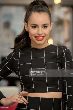 Sofia Carson On The Set Of Univision's 'El Gordo y la Flaca' in support of her film 'Adventures In Babysitting' at Univision Studios on June 2016 in Miami, Florida. Dove Cameron, Sophia Carson, Ariana Grande Pictures, Cameron Boyce, Sabrina Carpenter, Female Singers, Beautiful Actresses, Celebrity Crush, American Actress