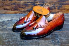 http://chicerman.com  dandyshoecare:  In order to celebrate the birthday of the Great Master of Patina we want to give a unique chance to the fans of the art of quality shoes. We sell at auction a pair of Edward Green shoes colored and hand polished by Alexander Nurulaeff. It is a wonderful opportunity to get a masterpiece at a very low cost (the auction starts from 1 euro !!!) Hurry up! You can have such a chance only once in a lifetime!  http://ift.tt/24FxozO  #menshoes