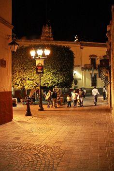 Guanajuato, MEXICO.    (by chipon_torres, via Flickr)