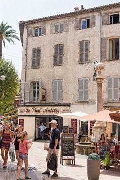 Le Vieil Antibes, Cote d'Azur, France