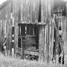 An old barn with a wagon inside. I see this as Hart's family farm in Heartless. #abandoned #abandonedplaces #amwriting #author #bookideas #KellyMartinBooks