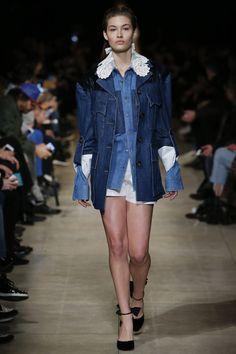 Miu Miu Fall 2016 Ready-to-Wear Fashion Show