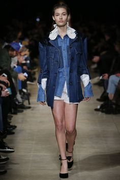 Miu Miu Fall 2016 Ready-to-Wear Fashion Show - Grace Elizabeth