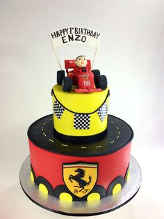 1000 ideas about ferrari cake on pinterest fondant recipes racing car cakes and marshmallow. Black Bedroom Furniture Sets. Home Design Ideas