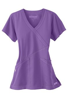 Women's scrub tops made from soft materials, designed to keep you cool and fresh all day. Choose from a variety of scrub top styles at Scrubs & Beyond. Cute Nursing Scrubs, Cute Scrubs, Nursing Clothes, Nursing Uniforms, Grey's Anatomy, Scrubs Uniform, Greys Anatomy Scrubs, Womens Scrubs, Medical Scrubs