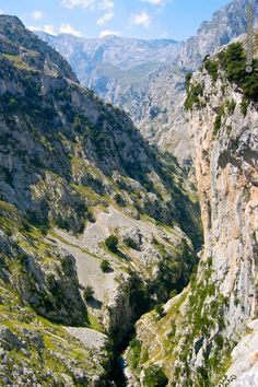 Los Picos De Europa – Foto del parco nazionale in Spagna -   Il parco nazionale de Los Picos De Europa: Galleria fotografica dell'escursione al bellissimo parco nazionale situato nella Spagna del nord sulla cordigliera cantabrica.