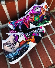 Looney tunes Kyrie's…are you a fan? Looney tunes Kyrie's…are you a fan of thes custom painted Kyrie's done by Sierato Akeem. Custom Painted Shoes, Custom Shoes, Customised Shoes, Zapatillas Nike Basketball, Sneakers Fashion, Shoes Sneakers, Shoe Wardrobe, Hype Shoes, Fresh Shoes