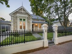 29 Fifth Avenue, St Peters, SA 5069 - Property Details Front Gates, Front Yard Fence, Exterior House Colors, Exterior Design, Boundary Walls, Ranch Style Homes, Australian Homes, Fence Design, Facade House