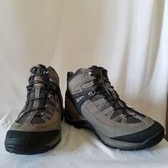 425064256bc6cf Chaco Men s Holbuck Waterproof Boot 10.5 M Hiking Gray Brown Bungee  Chaco   HikingTrail Waterproof