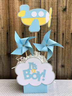 Super Baby Shower Centerpieces For Boys Center Pieces Signs 29 Ideas Baby Shower Table Centerpieces, Baby Shower Decorations For Boys, Boy Baby Shower Themes, Baby Shower Cupcakes, Baby Shower Balloons, Baby Shower Favors, Baby Boy Shower, Baby Shower Invitations, Baby Shower Gifts For Boys