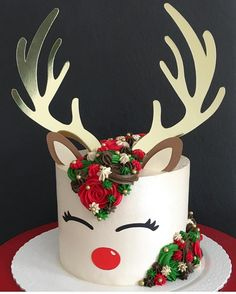 "1,507 Likes, 11 Comments - Brookie's Cookies (@brookiescookiesco) on Instagram: ""The cutest reindeer cake I ever did see!! ❤️ by @_jumorais_ #cake #ideas #christmas #holidays…"""