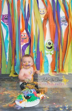 Cute idea for wall by the counter. or even the front of counter area @ book fair(minus the baby & smash cake) Little Monster Birthday, Monster 1st Birthdays, Teddy Bear Birthday, Monster Birthday Parties, Baby Boy 1st Birthday, 1st Birthday Photos, First Birthday Parties, First Birthdays, Birthday Ideas