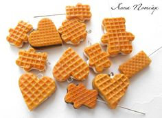 polymerclayfimo: Урок - вафли. waffles...but it reminds me of those wafer cookies LOL