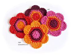 Häkelblumen - Crochet Flowers - Wendy Schultz via Carla Antunes onto Crochet.