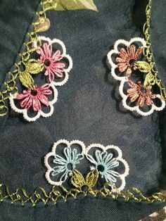 This Pin was discovered by Sev Needle Lace, Bobbin Lace, Needle And Thread, Tatting, Lace Bunting, Lace Art, Lacemaking, Thread Work, Irish Lace
