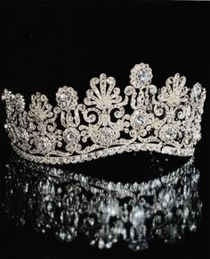 """"""" """" Diamond Tiara known as 'Empire Diadem' circa 1820. Provenance: Princess Therese of Thurn and Taxis (1773-1839). Auctioned at Sotheby's 1992. """" """""""
