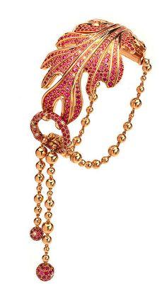 Van Cleef Arpels - Amphitrite bracelet by Van Cleef Arpels. High Jewelry, I Love Jewelry, Jewelry Art, Jewelry Bracelets, Vintage Jewelry, Jewelry Accessories, Jewelry Design, Bling Jewelry, Bangles