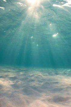 Sun shining through the water. Love it.