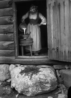 Vintage Pictures, Old Pictures, Old Photos, Sweden History, Kor, Ancestry, Folklore, Genealogy, Countryside