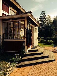 Glasveranda Glass Porch, Privacy Walls, Swedish House, Backyard, Patio, Architect House, House Extensions, Home Reno, Cottage Homes