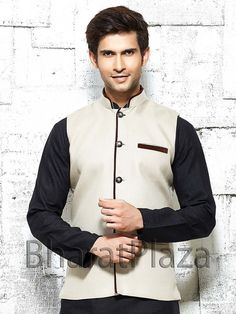 Dashing cream color linen nehru jacket. Item Code: NJI001DN