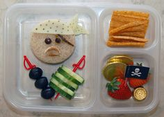Cookie Cutter Lunch: Letter of the week... P for Pirate