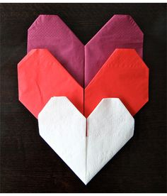 How to fold a paper napkin into a heart! Paper Napkin Folding, Origami Folding, Origami Paper, Paper Napkins, Folding Napkins, Valentine Crafts, Be My Valentine, Fee Du Logis, Ruby Wedding Anniversary