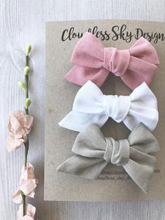 Mini hair bows baby hair bows white bow pink bow baby