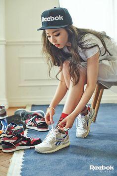 Wonder Girls' Sohee for Reebok Korea Fashion, Pop Fashion, Fashion Photo, Urban Fashion, Sohee Wonder Girl, I Kill People, Girls Rules, How To Pose, Girl Bands