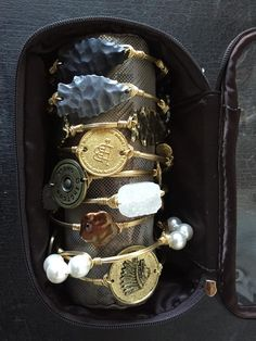 Bourbon and Boweties inside our Bangle Carrier! www.facebook.com/twocumberland
