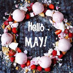 WELCOME MAY!!  Wishing you a fantastic month! Here a delicious idea for you: Strawberry Gelato Wreath! #enjoyit #dridri #dridrigelato #flowers #gelato #icecream #hello #may